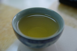 green tea contains theanine